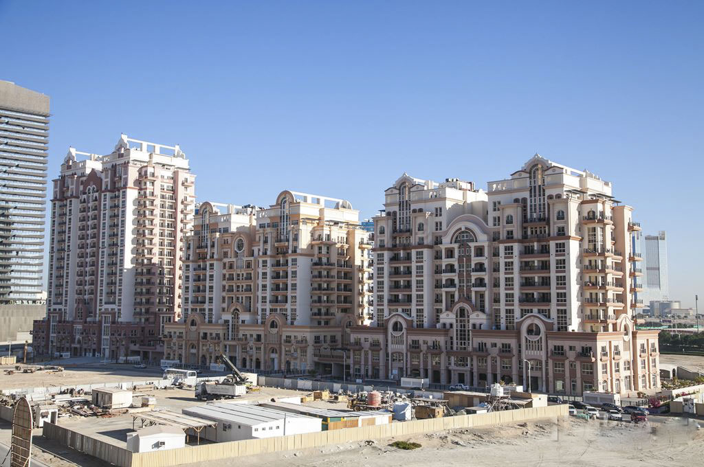 canal-residence-west-dubai-sports-city-02