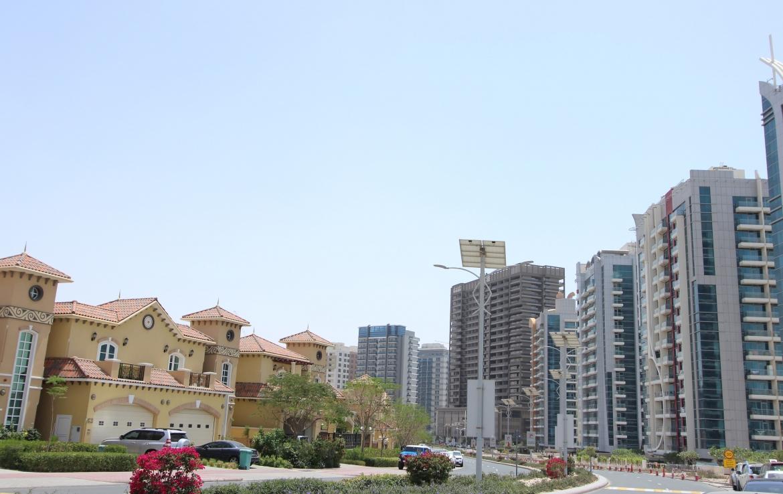 cricket-tower-dubai-sports-city-img01